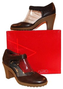Aerosoles Leather Mary Jane Heels Brown Pumps
