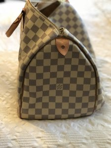 bb2d8861c811 Louis Vuitton Damier Azur Bags - Up to 70% off at Tradesy