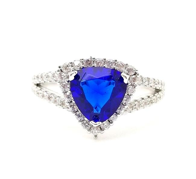 Item - Blue Trillion Sapphire Round Wht. Topaz 18k Wg Plated Sterling Silver Ring