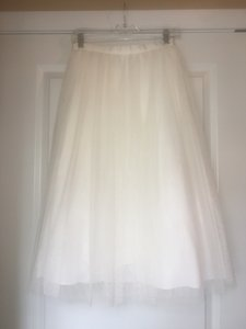 Ivory (Nearly White) Tulle Skirt and Lace Top Leena with Spencer Topper Feminine Wedding Dress Size 4 (S)