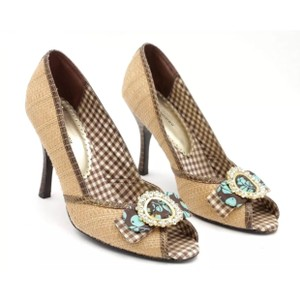 Chinese Laundry tan brown blue Pumps