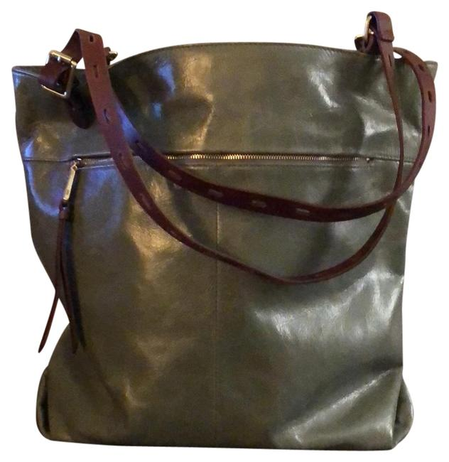 Item - Tote with Zipper On One Side and Cell Phone Slot On The Other. Magnetic Closure On Top. Brown Adjustable Green Leather  Bag