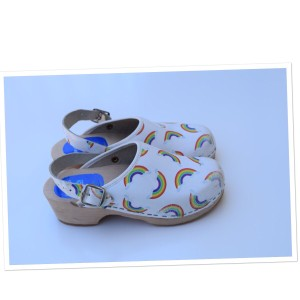 Cape Clogs white & rainbow Mules