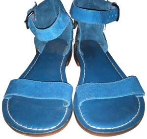 Bernardo blue green Sandals