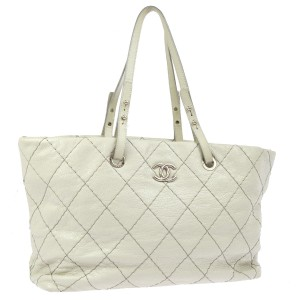 Chanel Tote in Light Gray