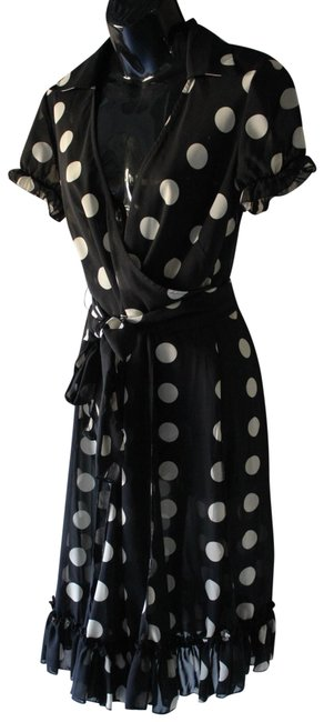 Item - Black and Gold Polka Dots Mid-length Short Casual Dress Size 6 (S)