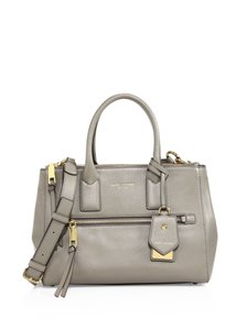 Marc Jacobs Recruit East / West Pebbled Leather Tote in MINK