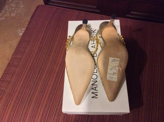 Manolo Blahnik Price Reduced Classic Gold Pumps