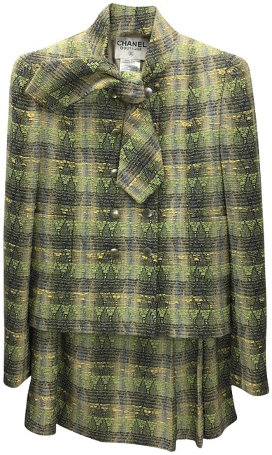 Item - Green/ Multi *vintage* Pc Green/ #139-3 Skirt Suit Size 2 (XS)