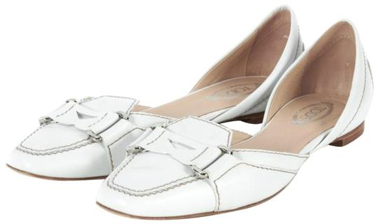 Preload https://img-static.tradesy.com/item/23295093/tod-s-white-d-orsay-flats-size-eu-405-approx-us-105-regular-m-b-0-2-540-540.jpg