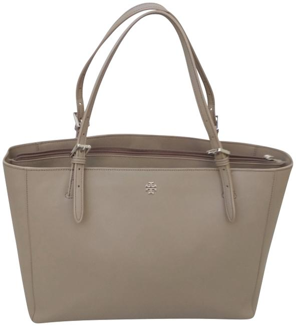Item - Large York Buckle French Grey Leather Tote