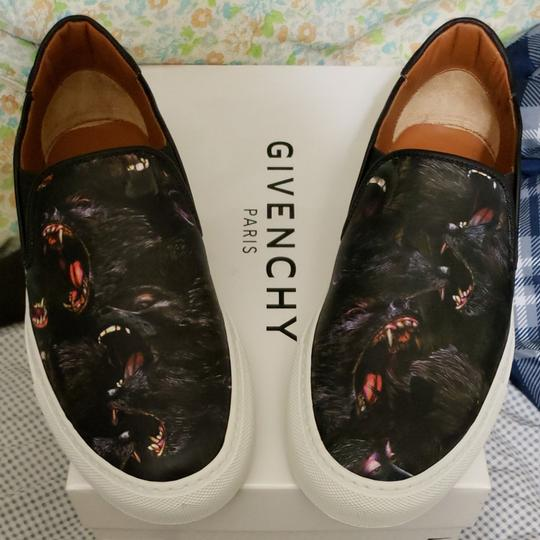 Preload https://img-static.tradesy.com/item/23295296/givenchy-black-baboon-print-slip-ons-sneakers-size-eu-39-approx-us-9-regular-m-b-0-0-540-540.jpg