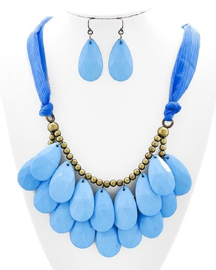 UNBRANDED Lt. Blue Acrylic & Fabric Cord Necklace & Earring Set