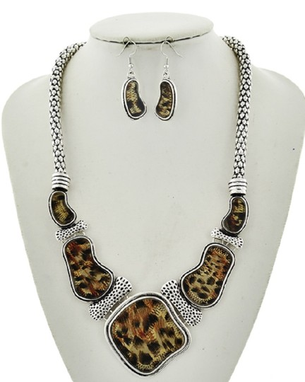 UNBANDED Brown & Black Acrylic Epoxy Statement Necklace & Earring Set