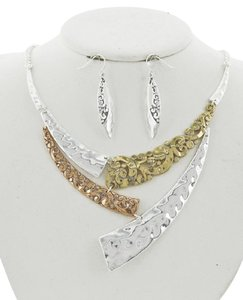 UNBRANDED Silver & Multi Tone Filigree / Necklace & Earring Set