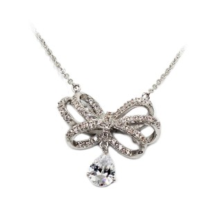Ocean Fashion Silver Noble bowknot crystal pendant necklace