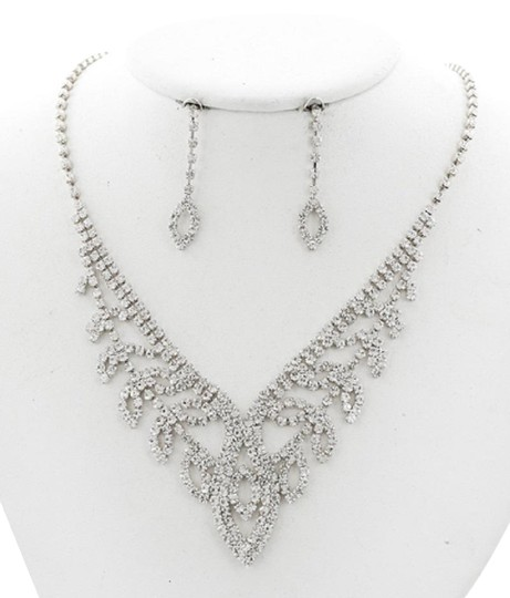 SOPHIA Clear Casting-rhinestone Necklace & Earring Set