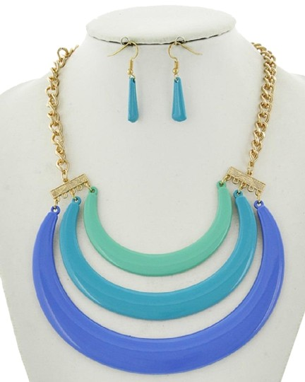 Preload https://img-static.tradesy.com/item/23296205/blue-epoxy-statement-earrings-necklace-0-1-540-540.jpg