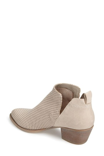 Dolce Vita Casual Winter Perforated Natural Boots
