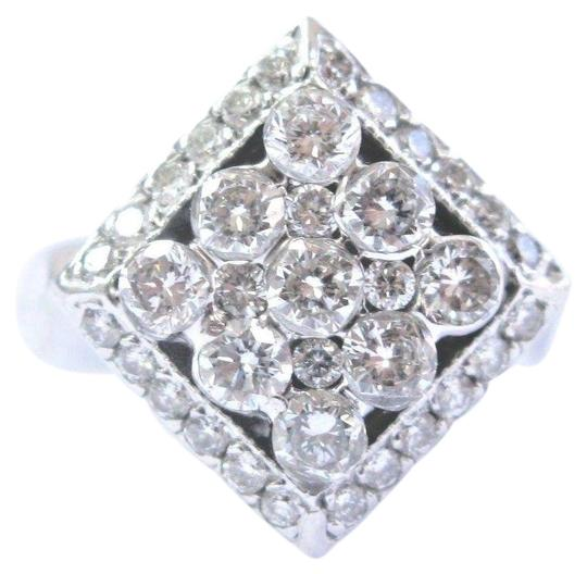 Preload https://img-static.tradesy.com/item/23296300/f-18kt-round-cut-diamond-white-gold-square-bubble-132ct-ring-0-1-540-540.jpg