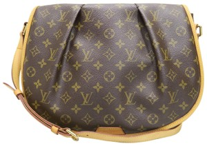 Louis Vuitton Lv Monogram Canvas Menilmontant Mm Cross Body Bag