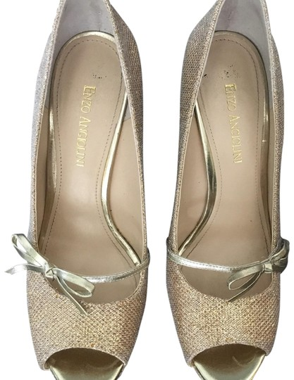 Preload https://img-static.tradesy.com/item/23296568/etienne-aigner-gold-easavoye-pumps-size-us-8-regular-m-b-0-1-540-540.jpg