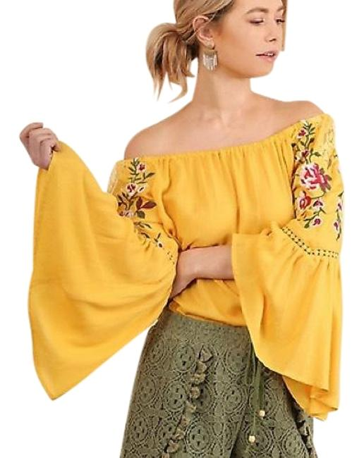 Preload https://img-static.tradesy.com/item/23297040/umgee-yellow-bell-sleeve-embroidered-off-shoulder-new-honey-blouse-size-10-m-0-1-650-650.jpg