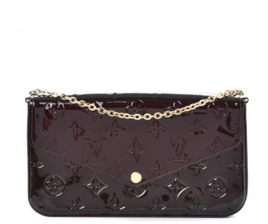 Preload https://img-static.tradesy.com/item/23297375/louis-vuitton-felicie-pochette-with-one-pouch-and-chain-amarante-monogram-vernis-leather-cross-body-0-0-540-540.jpg