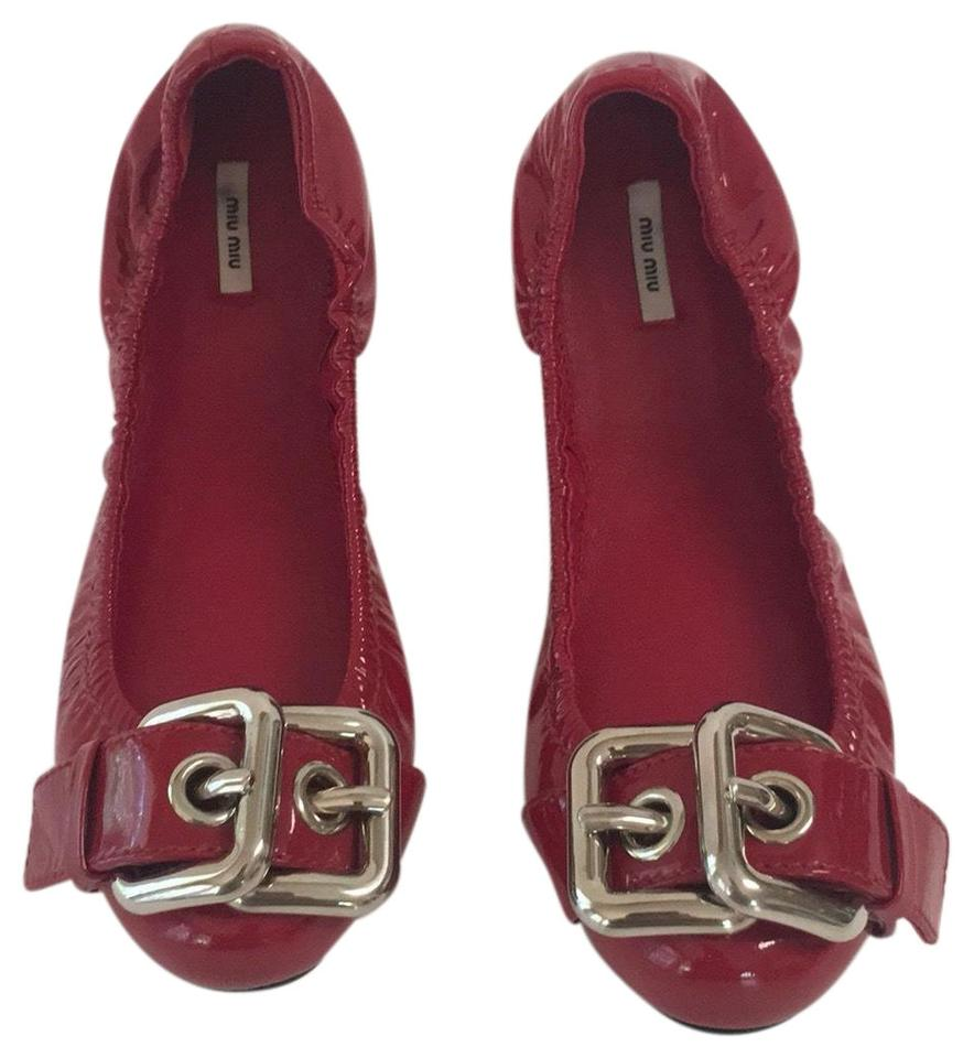 4e39b685d8867 Miu Miu Red Patent Leather Buckle Ballet Flats Size EU 36.5 (Approx ...