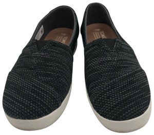 TOMS black Athletic