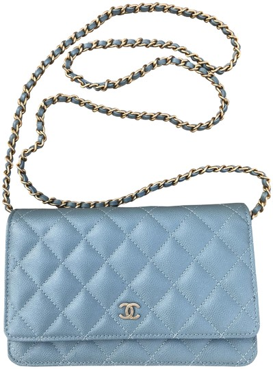Preload https://img-static.tradesy.com/item/23299892/chanel-wallet-on-chain-18c-blue-leather-cross-body-bag-0-4-540-540.jpg
