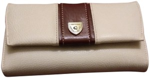 Aurielle Carryland Carryland all leather white and brown wallet