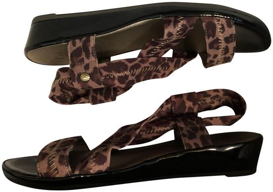 life stride Wedge Black Patent Leather Elastic Ankle Strap CLEARANCE----NWT New Leopard Sandals Image 2