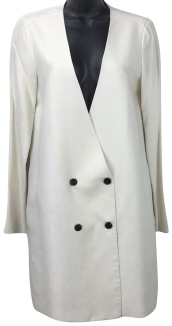 Preload https://img-static.tradesy.com/item/23302794/raquel-allegra-off-white-double-breasted-linen-blend-blazer-size-0-xs-0-2-650-650.jpg