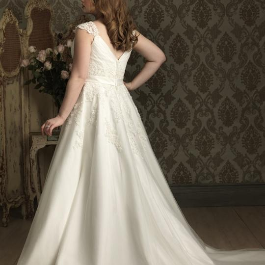 Allure Bridals Ivory Tulle and Lace W282 Sexy Wedding Dress Size 22 (Plus 2x) Image 1