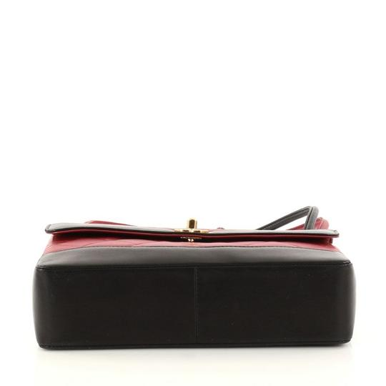 Chanel Leather Satchel in red Image 4