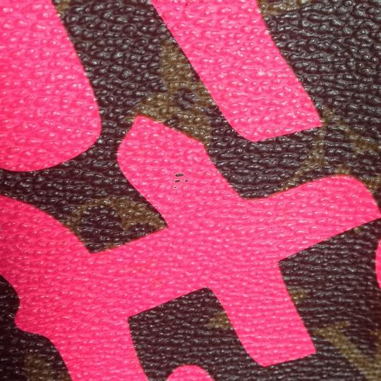 Louis Vuitton Sold Out Limited Edition Celebrity Rare Tote in Neon Pink Monogram Collectors