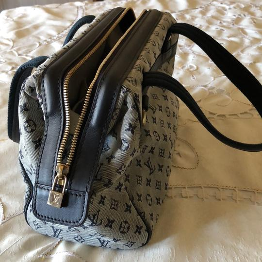 Louis Vuitton Tote in Navy Image 2