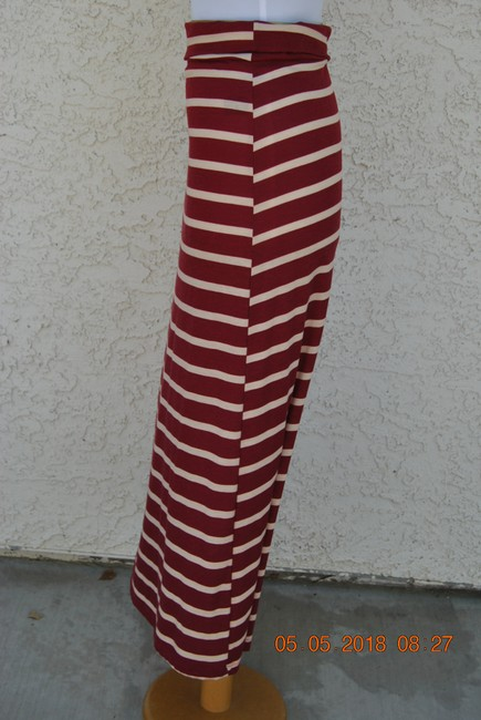 DILLARDS Maxi Skirt MAROON/WHITE Image 2