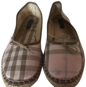 Burberry pink Burberry pattern Flats