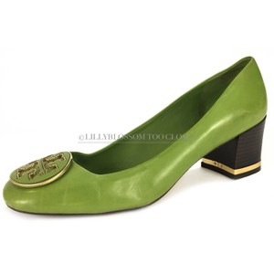 Tory Burch Leather Gold Hardware Work Business Comfortable Green Pumps