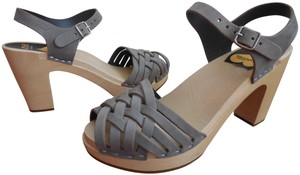 swedish hasbeens Sky High Toffel Anthropologie Gray Clogs Mules