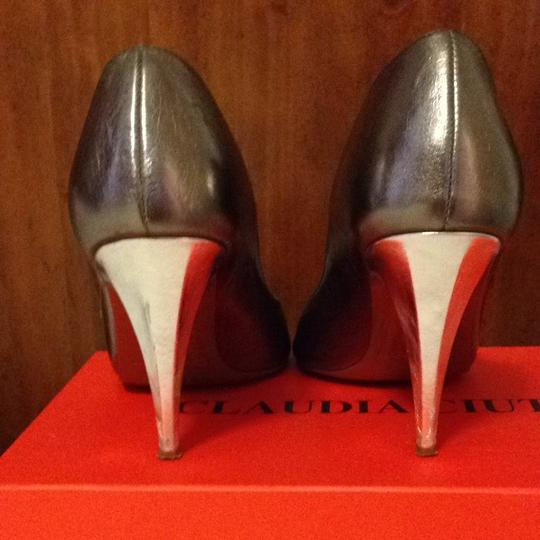 Claudia Ciuti Pewter Pumps