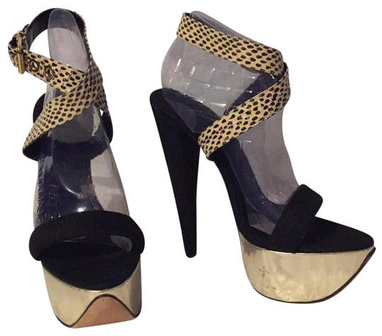 Preload https://img-static.tradesy.com/item/23305380/giambattista-valli-black-gold-platforms-size-eu-385-approx-us-85-regular-m-b-0-5-540-540.jpg