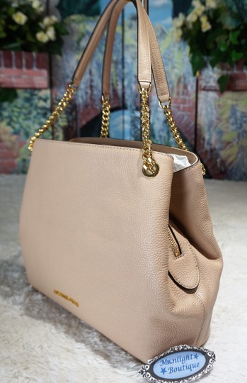 MICHAEL Michael Kors Tote in Oyster Blush Image 2