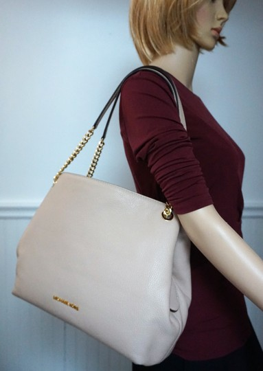 MICHAEL Michael Kors Tote in Oyster Blush Image 4