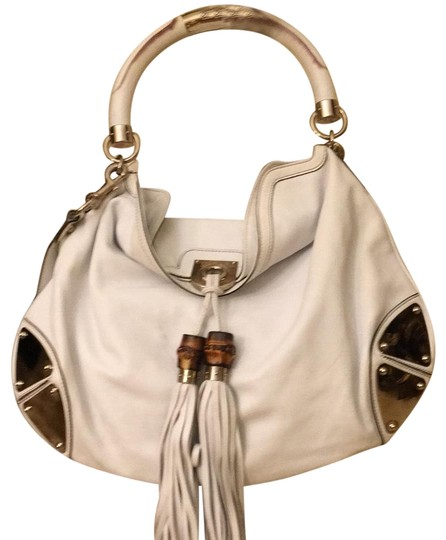 Preload https://img-static.tradesy.com/item/23305972/gucci-indy-white-leather-with-bamboo-hobo-bag-0-1-540-540.jpg