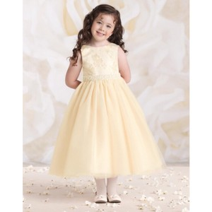 Mon Cheri Gold/Ivory Fabric: Satin Tulle & Lace Joan Calabrese For Flower Girl 115324 Formal Bridesmaid/Mob Dress Size 4 (S)