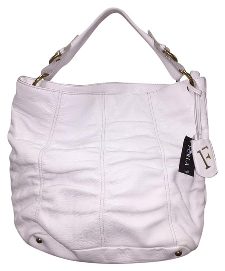 Preload https://item3.tradesy.com/images/furla-white-leather-tote-2330932-0-2.jpg?width=440&height=440