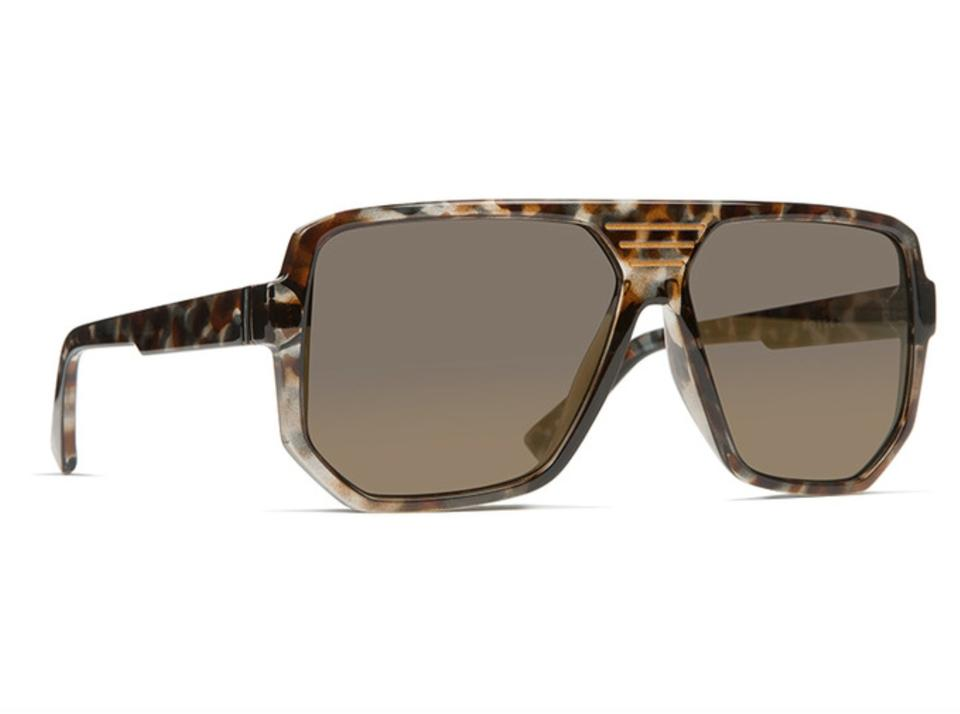 7a993363e36 Von zipper new vonzipper sunglasses roller quartz tortoise copper chrome  frame jpg 960x714 Von sunglasses